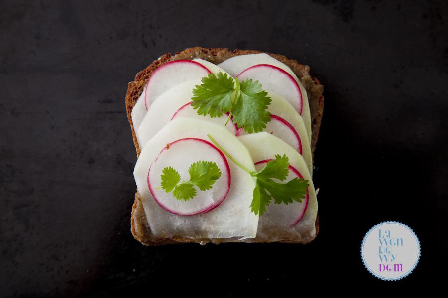 Dziewięć szalonych pomysłów na wegańską kanapkę