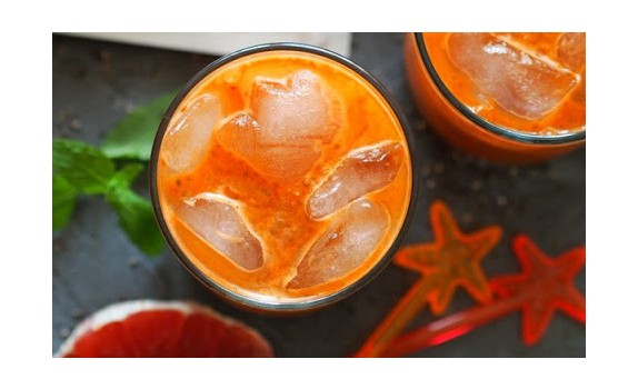 Marchewkowo-grapefrutowy koktajl z Chia