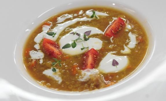 Przepis na zupę z komosą ryżową