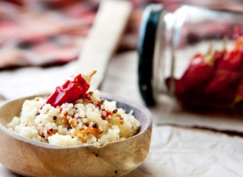 Kuskus z sosem paprykowo – maślanym